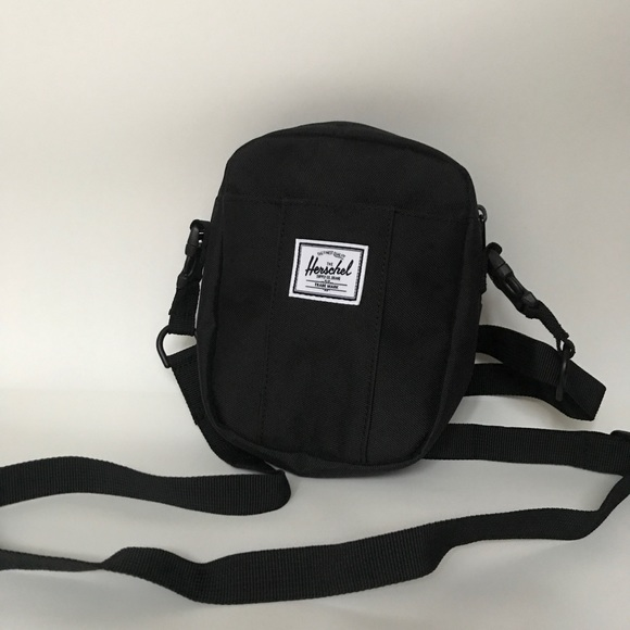 Herschel Supply Co. Cruz Crossbody Bag e047cc5857e26